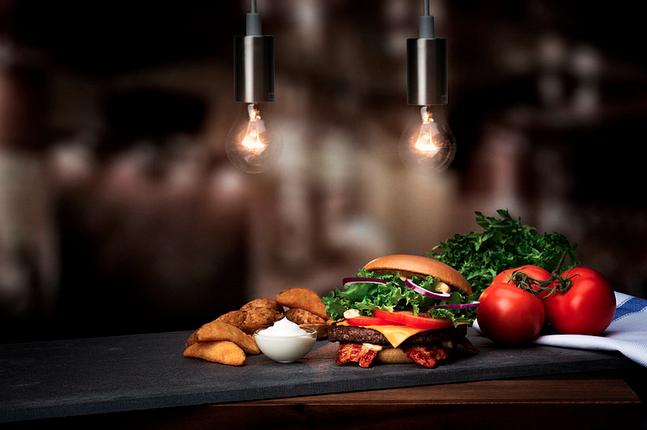 Gourmetburgaren Beef Bacon Clubhouse. Foto: McDonald's