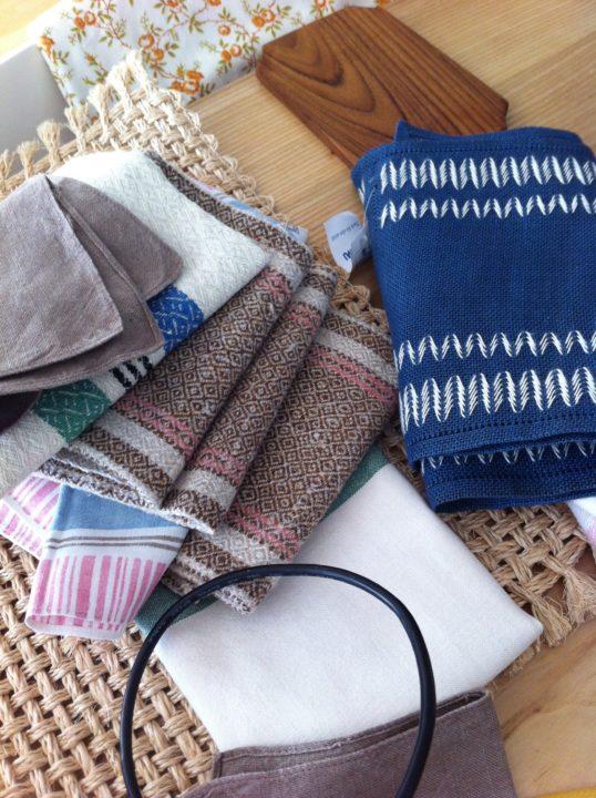 Färsk textilskörd efter senaste loppisrundan.
