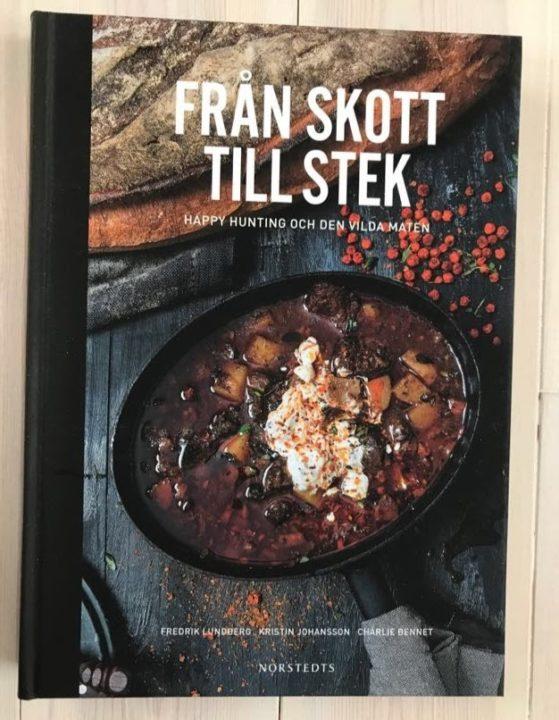 Från skott till stek, Fredrik Lundberg, Kristin Johansson och Charlie Bennet