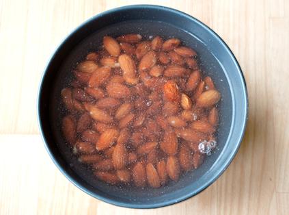 Egen mandelmjölk – blötlagda mandlar